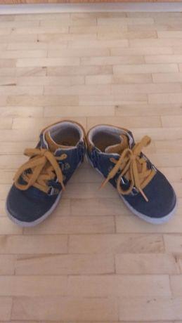 Buty dziecięce clarks 21