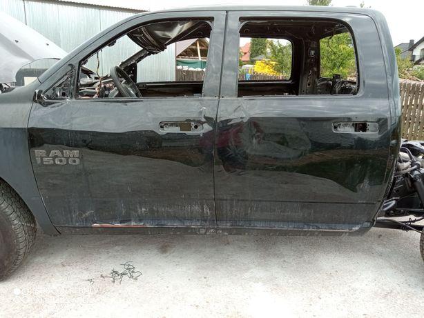 Drzwi Dodge ram 2013