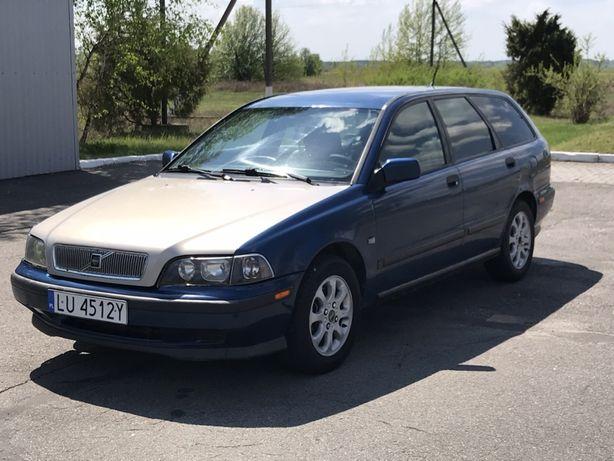 Продам Volvo v40 1.9TD-75kw 2000 рік на повному ходу