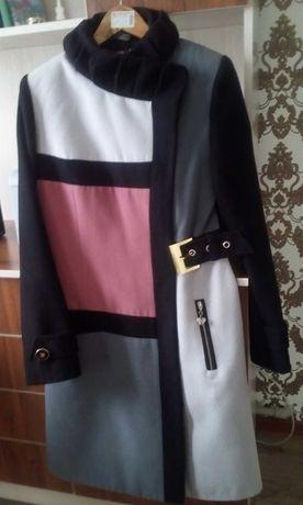 Пальто женское драповое