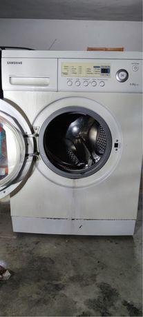 Maquina de lavar roupas 6kg