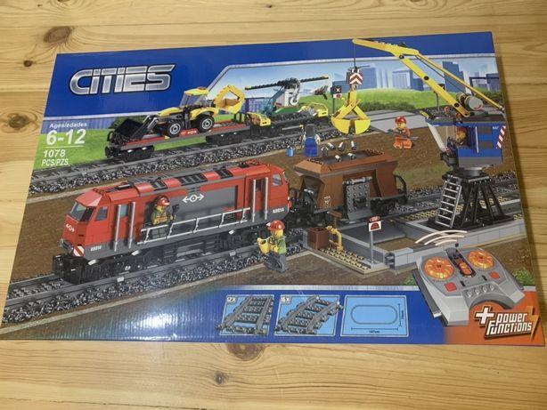 Конструктор CITIES Поезд на радиоуправлении (ан.LEGO ЛЕГО) 28033