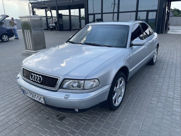 Audi A8 D2 4.2 Quattro