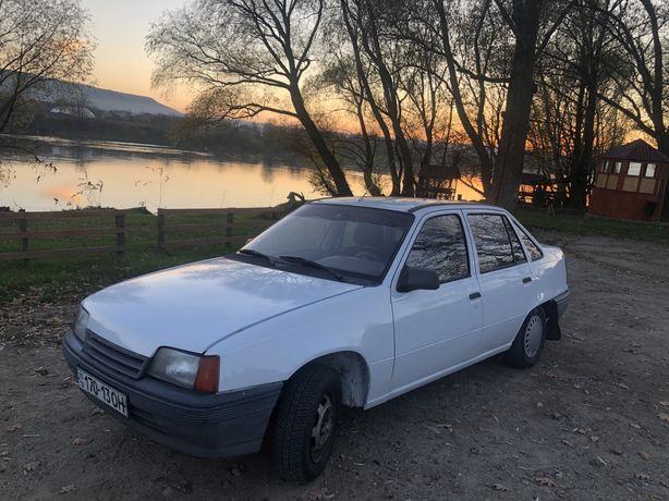 Продам Opel Kadett 1989