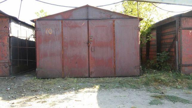 продам охраняемый гараж в кооперативе Искра г.Ровеньки