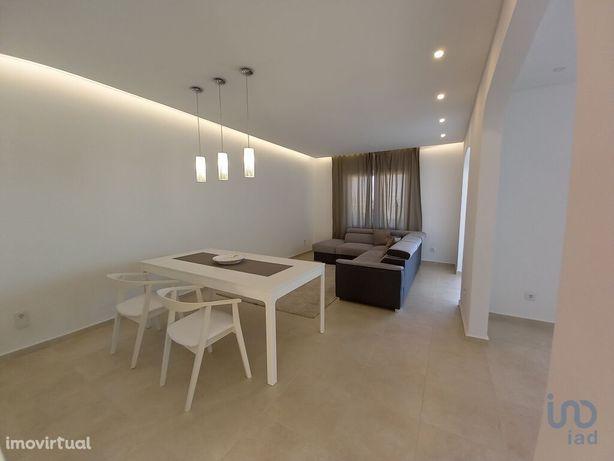 Apartamento - 168 m² - T5