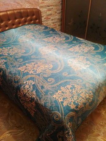 Одеяло двухспальное стеганое 220х240