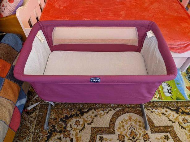 Детская приставная кроватка Chicco Next2Me полный комплект