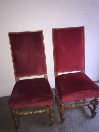 Stylowe krzesła tapicerowane