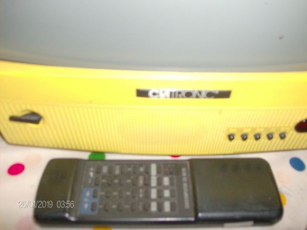 televisor clatronic amarelo ecrã a cores