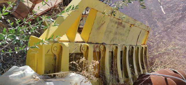 Forquilha para bulldozer