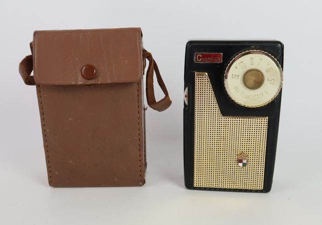 Radio Champion tr-306 6 transistor
