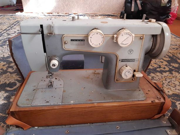 Швейная машина, електрическая  Подольск 142