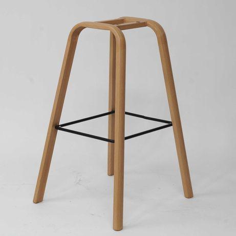 Podstawa metalowa do hokera lub krzesła barowego w kolorze dębu