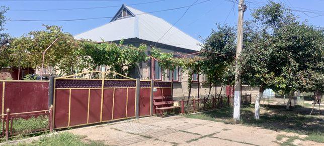 Дом в селе Каракурт, со всеми удобствами