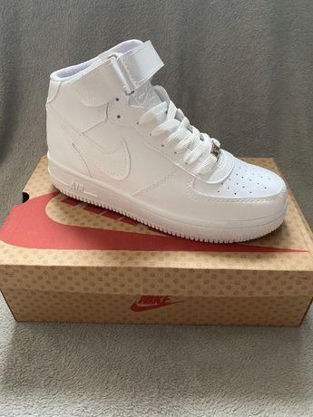 Nowe Buty Nike Air Force One 1 Mid 40,41,43 ORYGINAŁ ! WYPRZEDAŻ