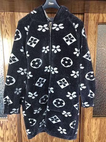 Piękny sweter/płaszcz, stan idealny, rozmiar uniwersalny