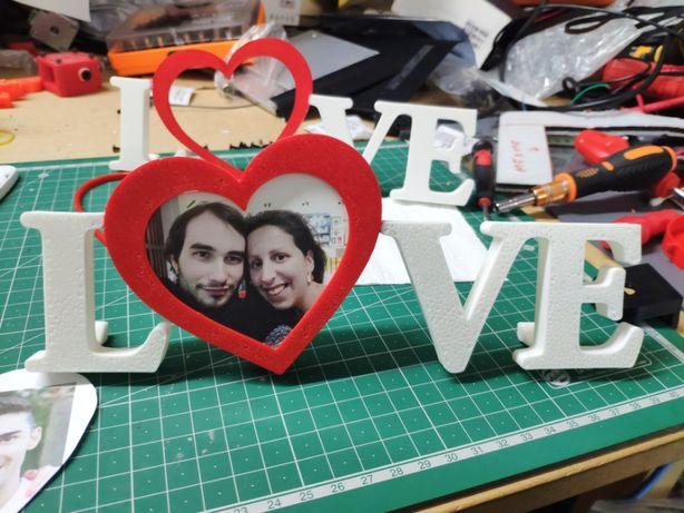 Moldura LOVE/AMOR com Foto e Cor personalizada