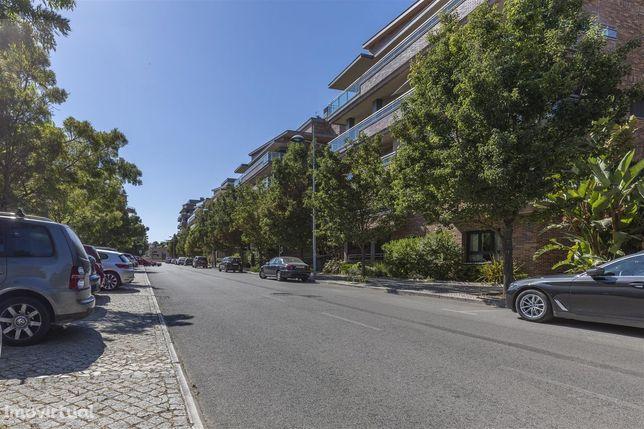 Apartamento T5 Venda em Moscavide e Portela,Loures