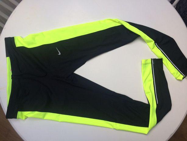 Legginsy Nike do biegania