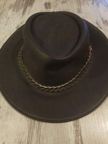 Шляпа,головной убор кожаная