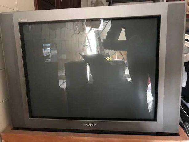 Televisão antiga Sony
