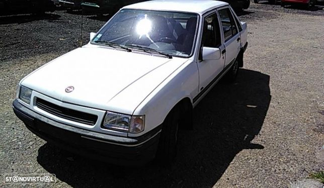 Para Peças Opel Corsa A Hatchback (S83)