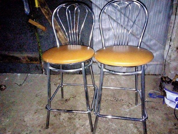 Sprzedam krzesła wysokie