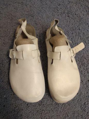 Белые медицинские тапки ,сабо женские 38 размер , медицинская обувь