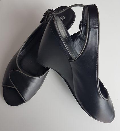 Czarne sandały 39
