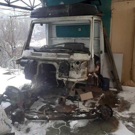 Кабина Mercedes 207, 410