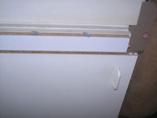 шкаф-антресоль с бегающими дверцами