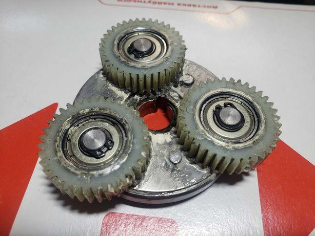 Фривил и шестерни с мотора (мотор-колесо)