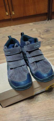 Зимние кросовки для девочек clarks