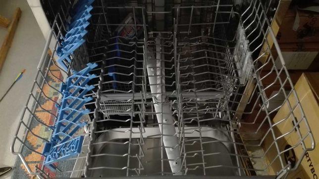 Máquina de Lavar Loiça CANDY - 1 ano de garantia semi nova