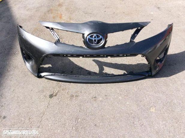 Parachoque Toyota yaris