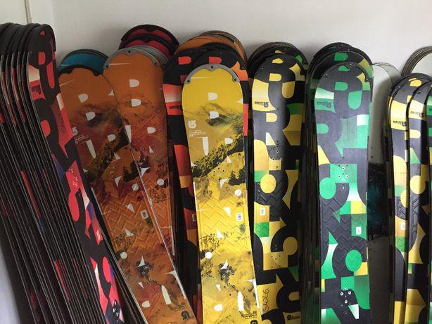 10 X pakiet desek snowboardowych Burton + wiązania, snowboard