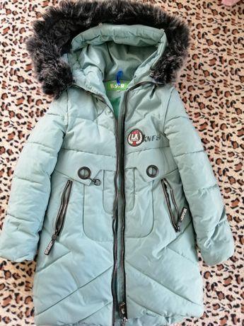 Куртка зимова для дівчинки р. 134 см