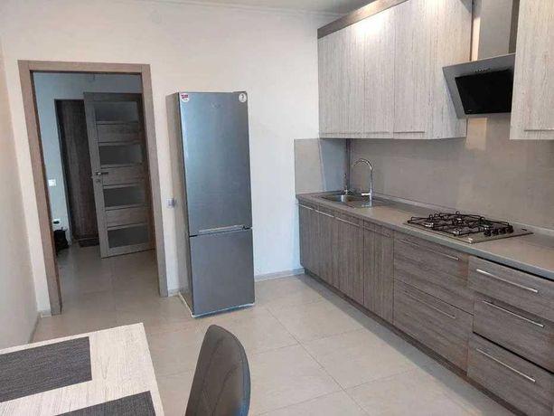 Продаж 1 кім Наукова 46м2 з якісним ремонтом 57000 дол.торг