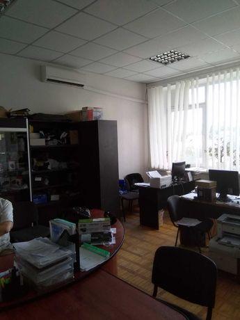 Офісне приміщення (Офисное помещение)