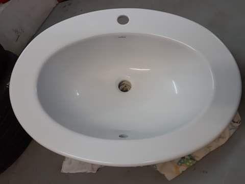 Umywalka Cersanit 63x47 cm