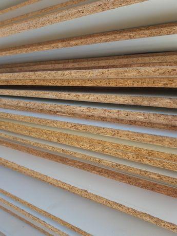placas de madeira aglomerado, laminado