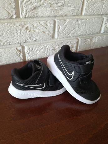 Buciki Nike rozmiar 21