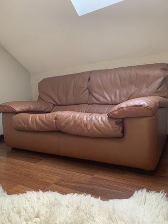 Używana sofa skórzana