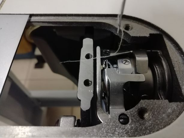 Reparo e afino máquinas de costura com e sem motor