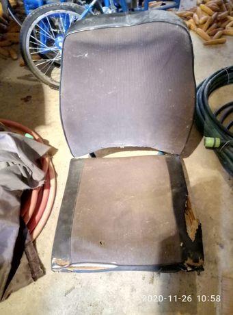 продам 2 сидения для авто Робур