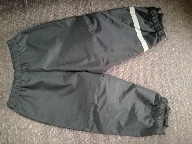 Spodnie chłopięce ortalionowe czarne 86