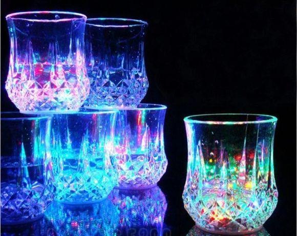 Светящийся стакан color cup