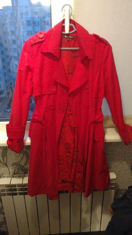 Продам пальто, плащ женский