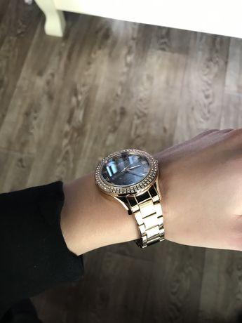 Часы, акссесуары